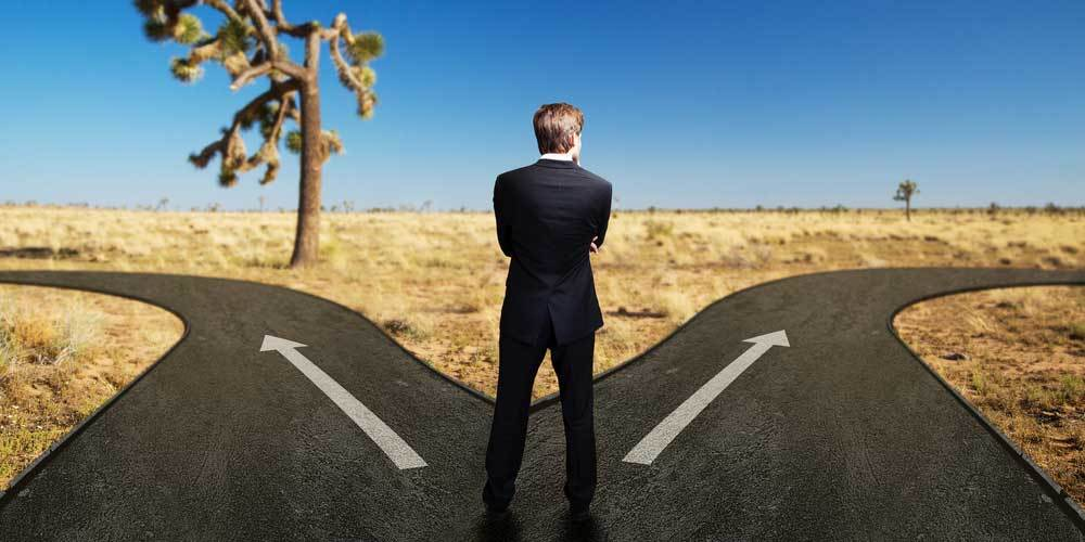 How do I choose between two job offers? - Ambition UK
