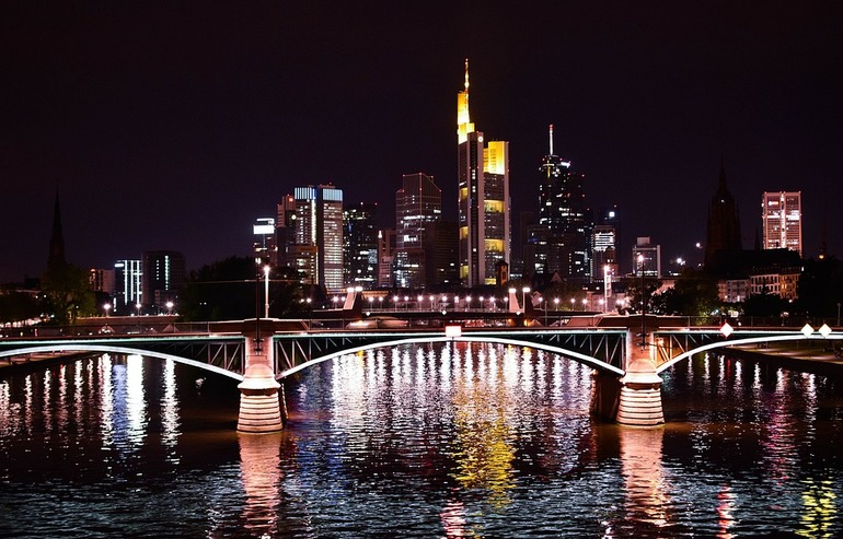 Bridge in Frankfurt - Work Abroad