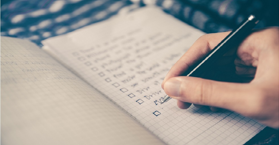 Notepad with checklist