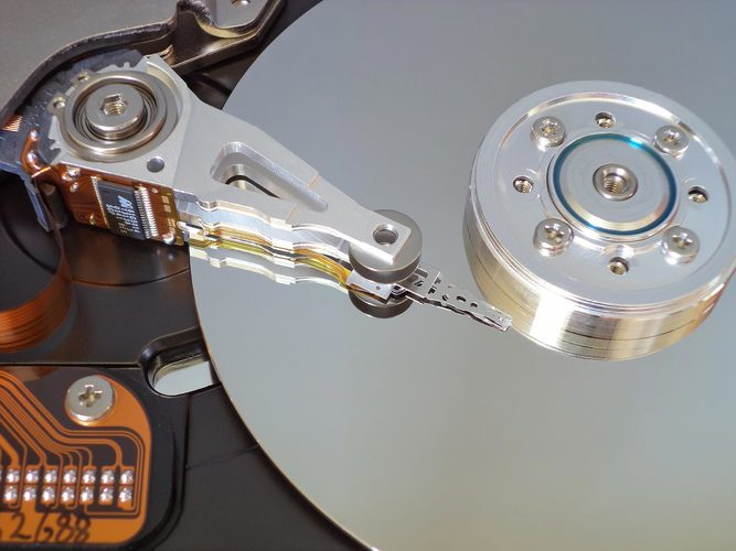 Mechanical hard drive disk