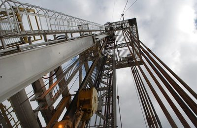 shale-oil-rig