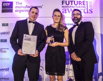 Jon Blaze, Head of Recruitment Operation presenting the EEF Developing People category at the EEF Future Manufacturing Awards 2017
