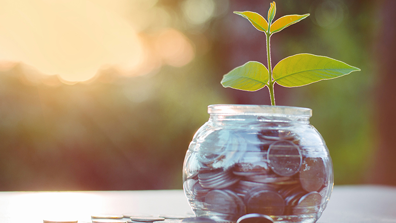Financial services companies look for 'ideal pay mix'