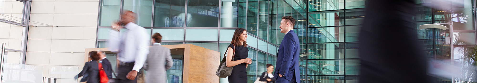 Why are more legal professionals choosing the interim path?