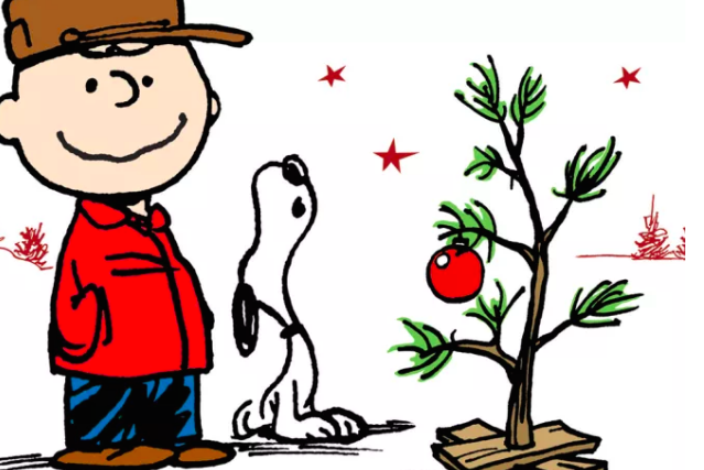 #charliebrown #charliebrownchristmas #snoopy #christmastree #dog