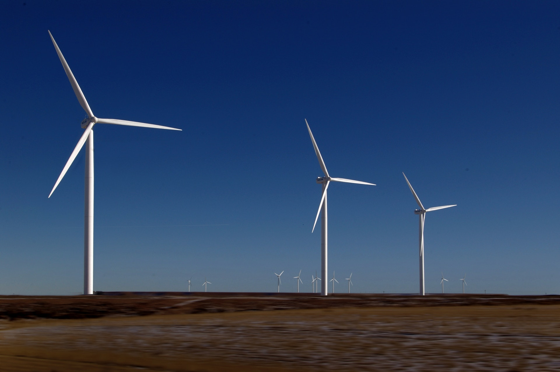 Wind Turbines - Wind Turbine Service Technicians - The 14 Best Engineering Jobs For The Future