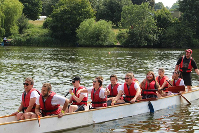 Swanstaff Recruitment take part in dragon boat race for Stacey Smiles