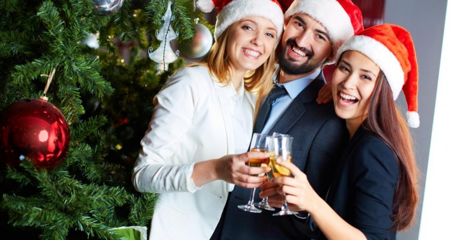 3 reasons you need to start your new job before Christmas