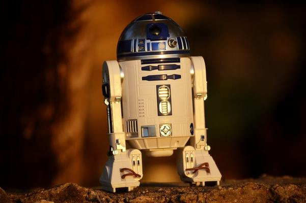 R2D2 Machine learning
