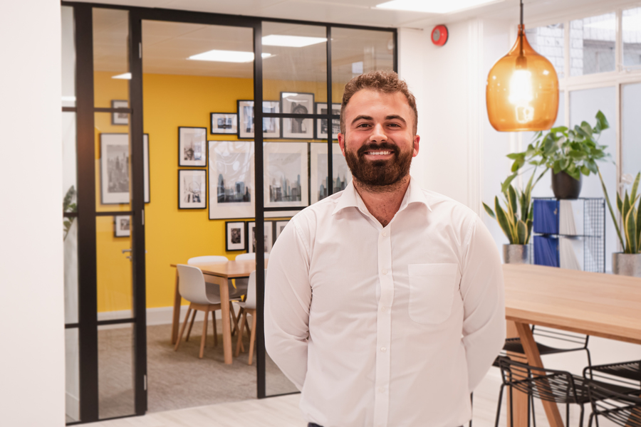 Josh, an associate consultant specialist at Joss Search finding candidates their dream job as a receptionist or PA or EA in alternative investments
